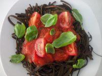 vegane pasta mit tomaten chili soße richtig schön scharf und einfach nach zu kochen